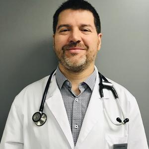 Dr Cesar Nunez